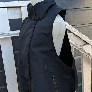 Nike ACG Water Repellent Vest, size M